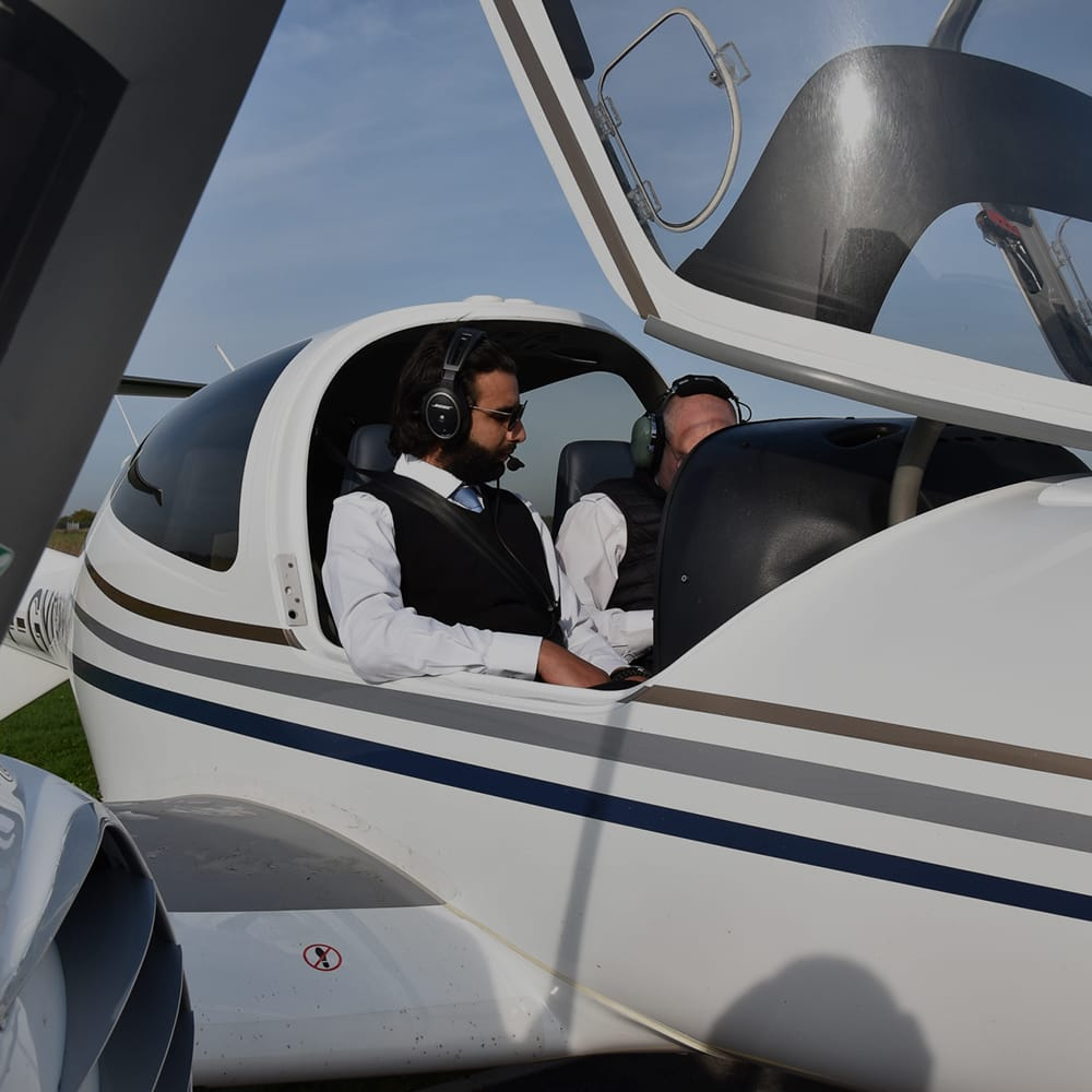Astonfly est l'école de formation pour pilotes du groupe aéronautique Clair Group